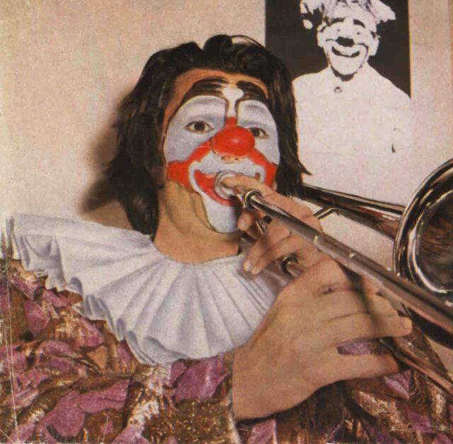 Georges Bonnaud (Clown-Trombone) © Archives Théâtre du Soleil