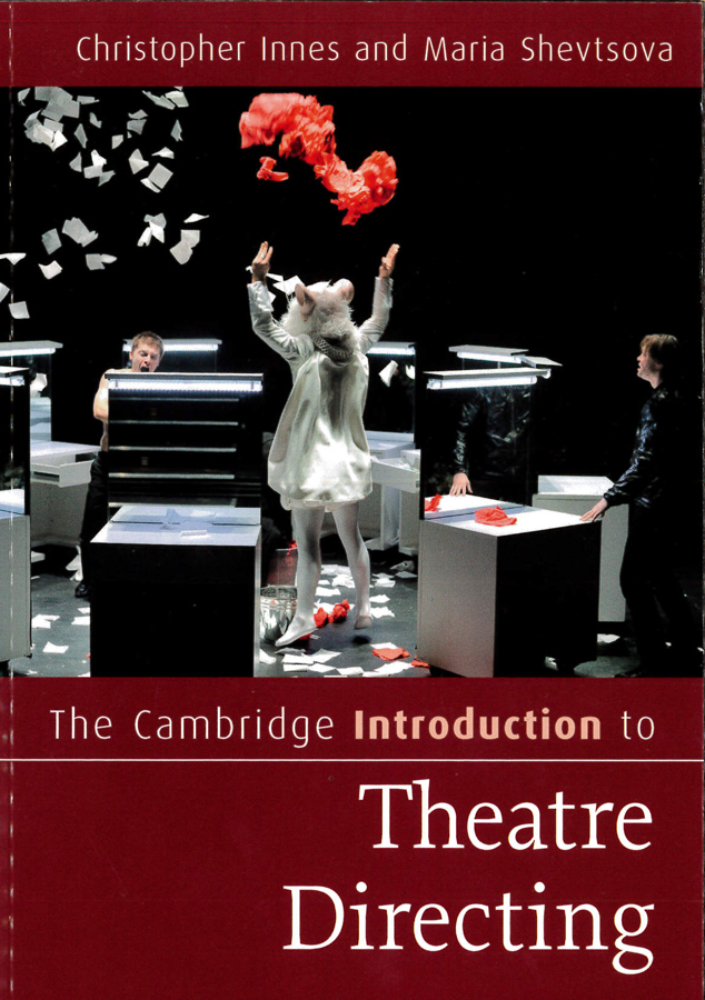 livre The Cambridge introduction theater directing en anglais
